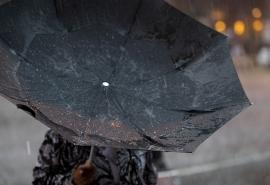 На выходных в Омске ожидается мощный ветер и дождь