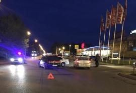 Двух детей и двух взрослых увезли в больницу после столкновения иномарок в Омске