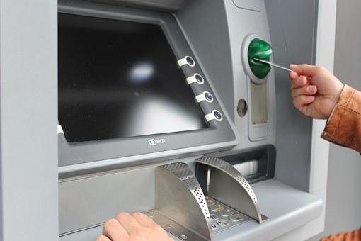 Раскрыта новая схема мошенничества с банкоматами Сбербанка
