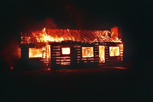 При пожарах в Башкирии заживо сгорели двое мужчин