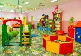 Над омским детским садом нависла смертельная угроза