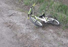 Омич на «Патриоте» сбил семилетнего велосипедиста