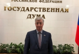 Виктор Шрейдер предложил организовать для жителей омских сел киносеансы с российскими фильмами