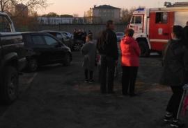 Рядом с омским парком сгорел седан «Инфинити»