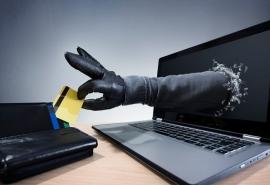 Омичей предупредили об очень убедительных кибермошенниках