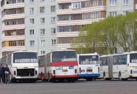 Омская мэрия отказалась защищать от шума жителей домов возле конечных остановок