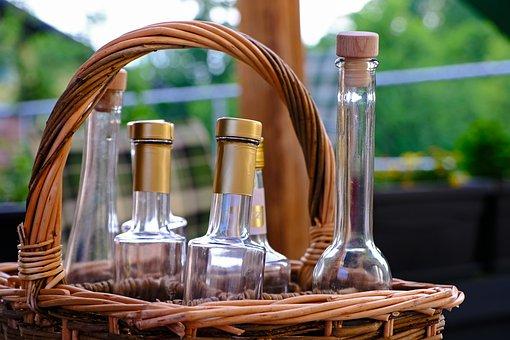 В России предложили за пустые бутылки выдавать молоко или пиво
