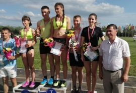 Омский депутат поздравил жителей Одесского района с началом «Королевы спорта»