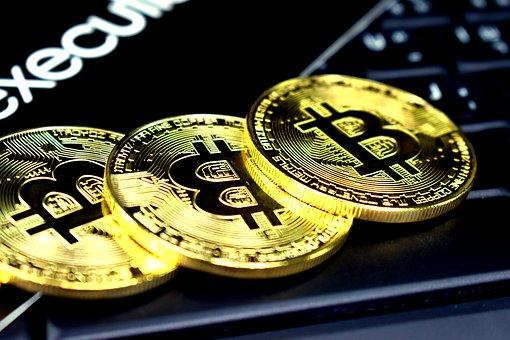 Курс биткоина превысила рекордные $10 тысяч