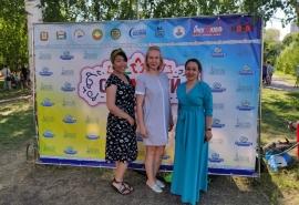 Омский депутат Инна Гомолко посетила праздник Сабантуй