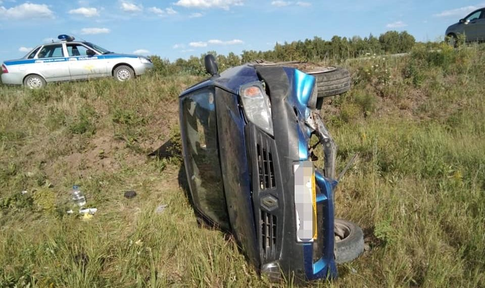 В Башкирии автоледи без прав устроила ДТП, пострадал ребенок