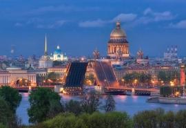 В Санкт-Петербурге исчез омич в коричневых кроссовках