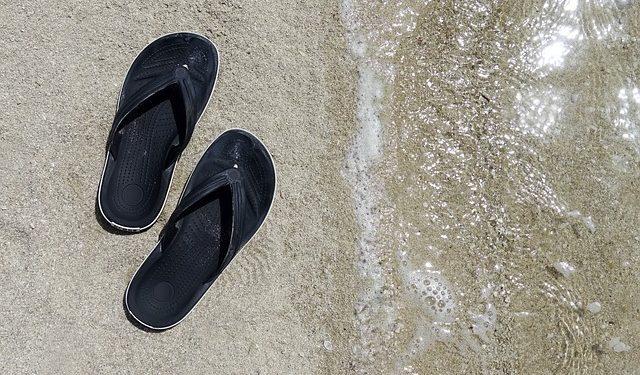 Какую летнюю обувь никогда не стоит покупать