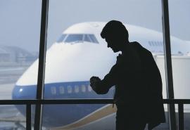Оглашена причина задержки рейса Омск – Москва