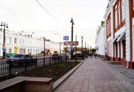 Любинский проспект в Омске закроют от машин из-за любителей вкусно поесть