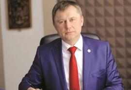 В Омске за 25 млн рублей продают коттедж тезки ректора СибАДИ Жигадло