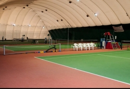 Компаньон Калинина и Голушко избавился от теннисного центра