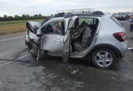 «Все ребра были в кашу сломаны»: на омской трассе в страшной лобовой аварии погиб мужчина и три человека ...