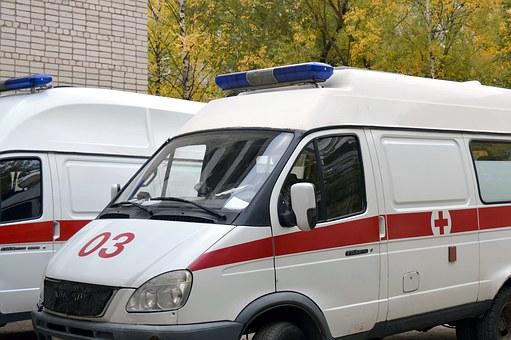В России вступил закон об ужесточении ответственности за непропуск скорой