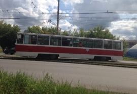 Омский трамвай устроил дрифт на рельсах