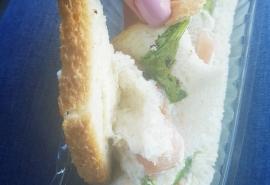 Омичку возмутил сэндвич со вкусом земли