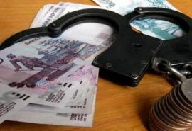 Житель Омской области бессовестно вымогал деньги у подростка, оставшегося без родителей