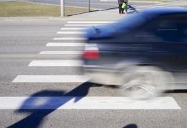 Под Омском нетрезвый водитель задавил двух пешеходов на «зебре»