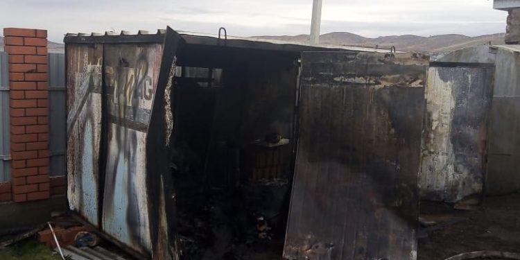 В Башкирии трое мужчин заживо сгорели при пожаре в будке