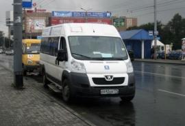 Водитель маршрутки решился на эксперимент с системой оплаты проезда в Омске, и вот что вышло