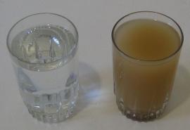 Специалисты Роспотребнадзора обнаружили в омском водопроводе воду в три раза мутнее допустимой