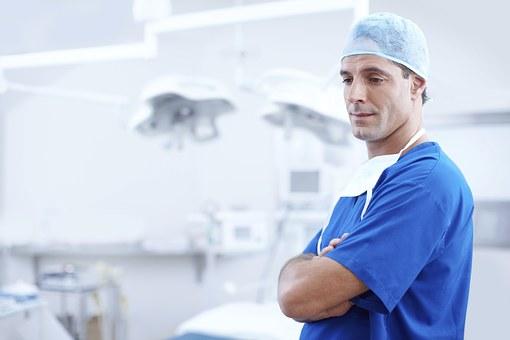 В Башкирии лучших врачей поощрят материально