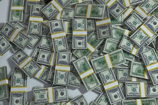 В МВД рассказали о судьбе украденных кассиршей миллионов
