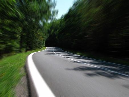 Минтранс поддержал снижение допустимого превышения скорости