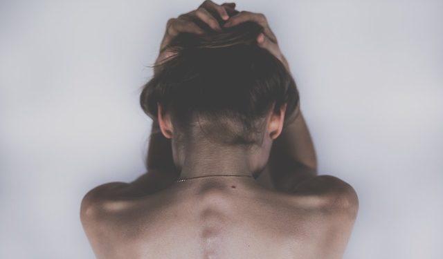 Врач Александр Мясников рассказал, какая головная боль опасна