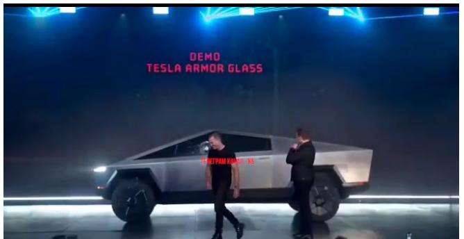 Илон Маск представил электропикап Cybertruck