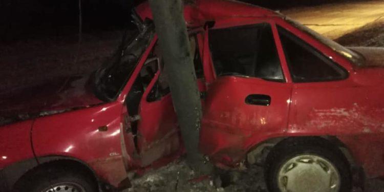 В Башкирии водитель без прав насмерть разбился, влетев в столб