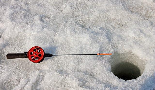 Под Уфой на карьере утонули два рыболова