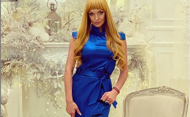 43-летняя Анастасия Волочкова кардинально изменила имидж