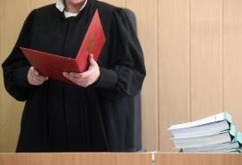 В Омской области председателя суда вернули из отставки из-за кадрового голода