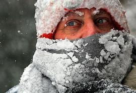 Ночью на «трассе смерти» омичи не помогли замерзающему водителю