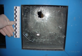 Задержан омич, который прострелил женщине ногу за то, что его не пустили на чужой праздник