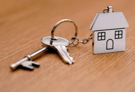 Омская многодетная семья смогла получить бесплатное жилье только через суд