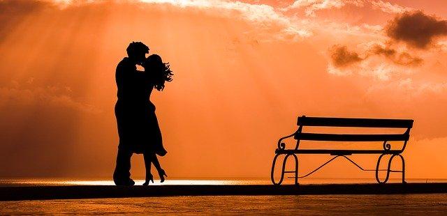 Ученые рассказали, какие болезни может вылечить любовь