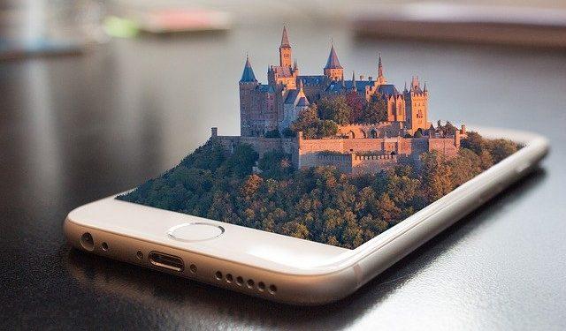 Старшая версия новых iPhone может выйти позже остальных