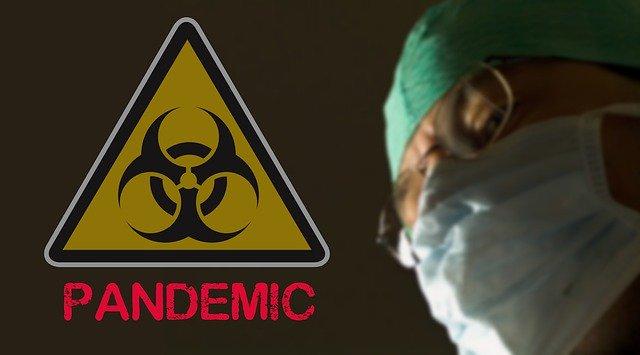 Государство игнорирует пандемию, шведы умирают