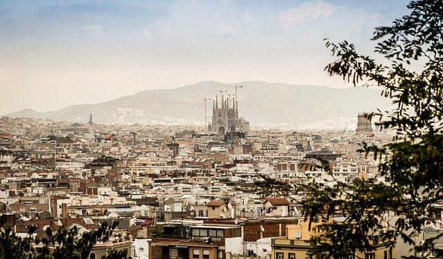 В Испании хотят продлить режим повышенной готовности до 9 мая