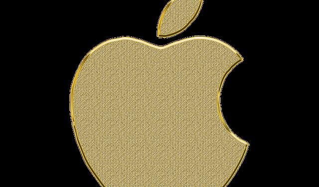 Apple отказалась предоставлять властям США полный доступ к данным