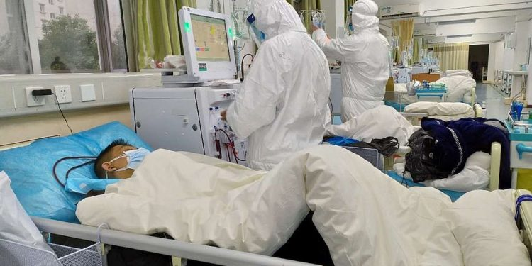 Найден способ спасти мужчин от коронавируса
