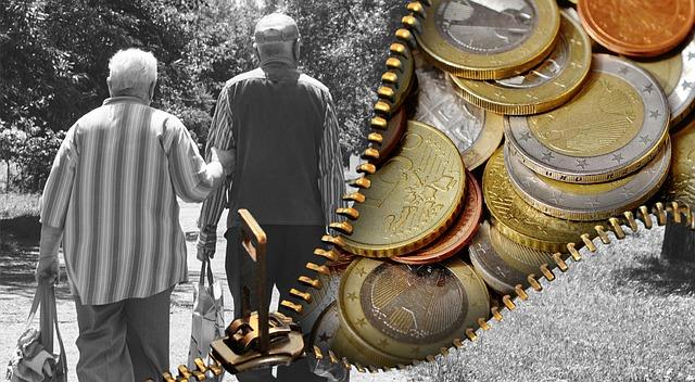 В России часть пенсионеров получит 14 тыс. рублей доплаты