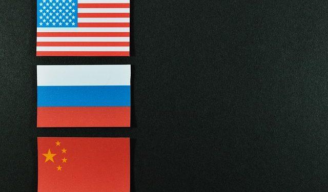 Пушков отметил важность стратегических отношений России и Китая